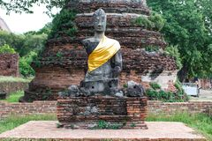 Ancient buddha partly damage Royalty Free Stock Photo