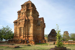 Free Ancient Cham Tower Near Phan Thiet Royalty Free Stock Images - 67354809
