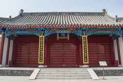 Ancient Chinese architecture - door Stock Photos