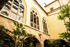 Ancient courtyard in Basilica of Santa Croce, Florence, Tuscany, Stock Photos