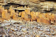 Ancient Dogon and Tellem houses with rocks 2 Stock Photography