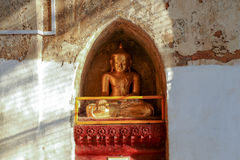 Ancient golden buddha statue Royalty Free Stock Images