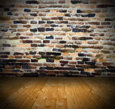 Ancient interior backdrop with cracked wall Royalty Free Stock Photos