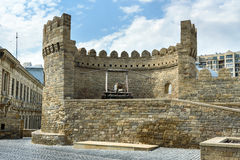 Ancient medieval catapult at tower of fortress in Old City, Baku Stock Photography