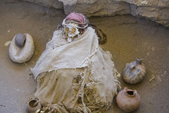 Ancient mummy at Chauchilla in Nazca, Peru Stock Photo