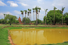 Ancient pagoda and reflection on pond at Sukhothai Royalty Free Stock Photos