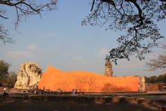 Ancient Recling Buddha at Wat Lokayasutha Temple in Ayudhaya, Th. Ailand Royalty Free Stock Photos