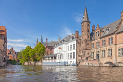 Ancient red brick building with little tower in Bruges Royalty Free Stock Photos