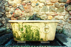Ancient Refreshing Tub Inside Of A Colonial House Royalty Free Stock Photos