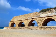 Ancient roman aqueduct at Ceasarea, Israel Royalty Free Stock Images