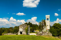 Ancient and ruined castle in the italian countryside Stock Photo
