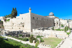 Ancient ruins in the center of Jerusalem Royalty Free Stock Photography