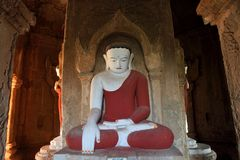 Ancient seated Buddha statue Royalty Free Stock Photos