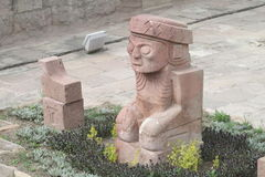 Ancient statue from Tiwanaku inca archaeological site Royalty Free Stock Photography
