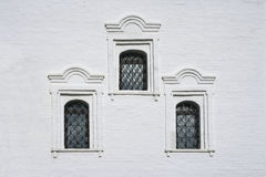 Free Ancient Windows On White Wall Royalty Free Stock Photography - 27267187