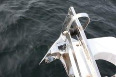 Ancla con el océano Fotografía de archivo