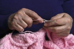 Ancora lavorando a maglia fotografia stock libera da diritti