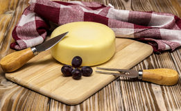 Ancora vita con formaggio Immagini Stock Libere da Diritti