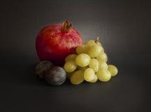 Ancora vita con frutta fotografia stock libera da diritti