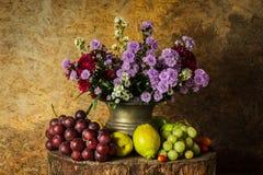 Ancora vita con la frutta Immagine Stock