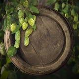 Ancora vita con un barile di birra Immagini Stock