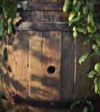 Ancora vita con un barile di birra Fotografie Stock