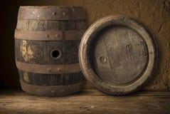 Ancora vita con un barile di birra Fotografie Stock Libere da Diritti