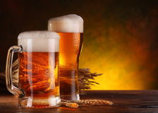 Ancora vita con una birra alla spina immagine stock libera da diritti