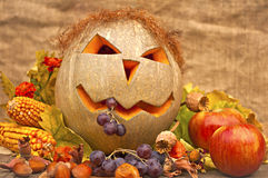 Ancora-vita di autunno con la zucca divertente Fotografia Stock