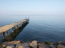 Ancoraggio alla polizia del lago in Italia Fotografia Stock Libera da Diritti