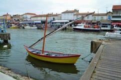 Ancoraggio della barca, Le Grau-du-ROI, Francia immagini stock libere da diritti