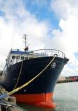 Ancoraggio della nave al porto immagine stock