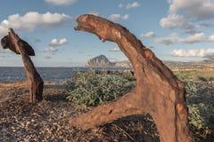 Ancore e montagna fotografia stock libera da diritti