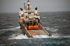 Ancori la manipolazione di semi submergible in Mare del Nord Fotografie Stock