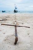 Ancre sur la plage Photo libre de droits