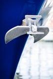Ancre sur le yacht Photographie stock libre de droits