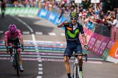Andalo, Italië 24 Mei, 2016; Alejandro Valverde wint zijn eerste stadium in carrière in de Reis van Italië Royalty-vrije Stock Foto