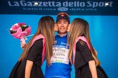 Andalo, Italia 24 de mayo de 2016; Damiano Cunego en jersey azul en el podio Fotos de archivo libres de regalías