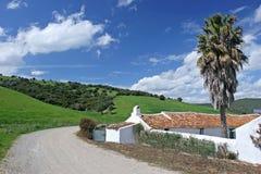 andalucian cortijo乡下仓前空地西班牙语 免版税库存图片