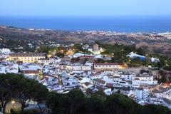 Andalusian byMijas Pueblo Arkivbilder