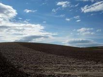 Andalusien-Landschaft auf Dramstic-Himmel Stockfotos