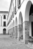 Andalusischer Säulengang Stockbilder
