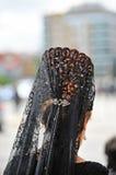 Andaluzyjska kobieta z mantyli i plecy gręplą, Święty tydzień w Seville, Andalusia, Hiszpania Fotografia Royalty Free