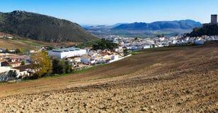Andaluzyjski miasteczko w zima dniu Canete losu angeles real, Hiszpania Obrazy Royalty Free