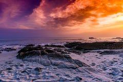 Andaman et coucher du soleil d'île de Nicobar images libres de droits