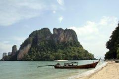 andaman strandölongtail thailand Arkivbilder