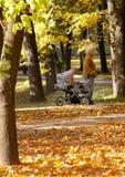 Andando per una camminata con il bambino Fotografia Stock Libera da Diritti