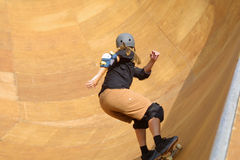 Andare del skateboarder Immagini Stock
