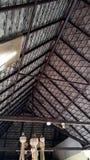 andclassic tan agradable tailandés de la mirada del tejado del pabellón Imagenes de archivo
