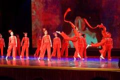 Anden av akademin för brandPekingdans som graderar för barn` s för prov den utstående utställningen Jiangxi för prestation för un Royaltyfria Bilder